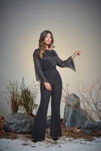 blusa nera pantalone palazzo nero