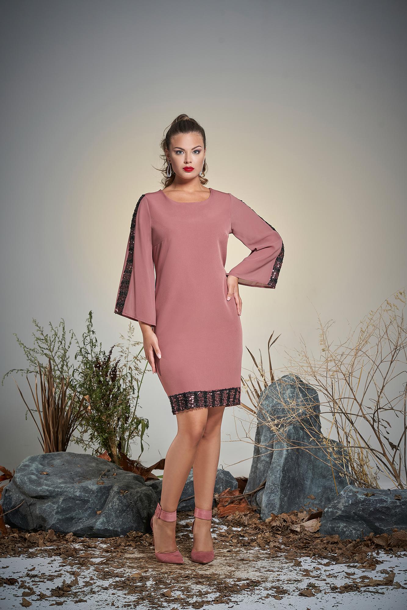 abito rosa donna curvy